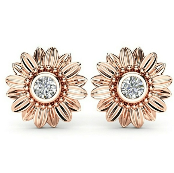 everrealli Jewelry - Rose Gold Sunflower Stud Earrings